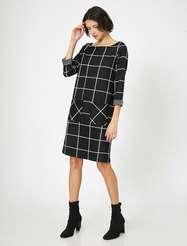 Koton Kareli Elbise Siyah